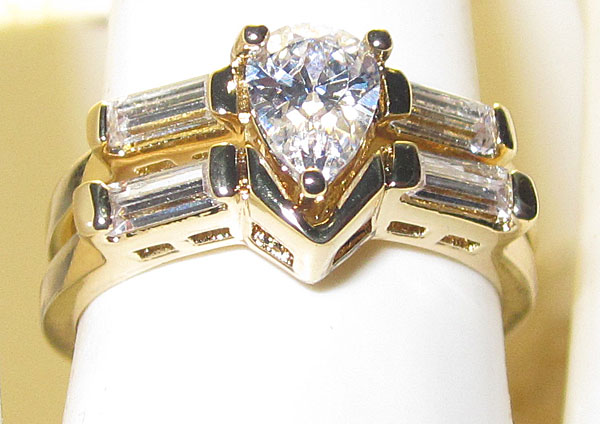 Pear Shaped Crystal Wedding engagement set yellow gold