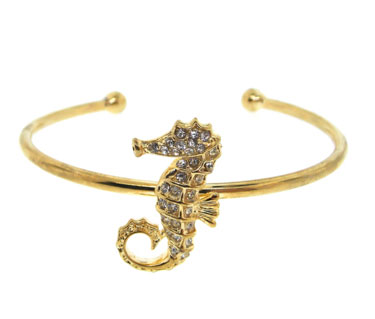 White Crystal Sea Horse Set in Yellow Gold