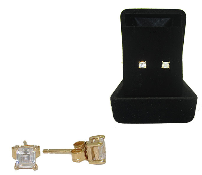 High end Wholesale Emerald Cut Stud Earrings Boxed